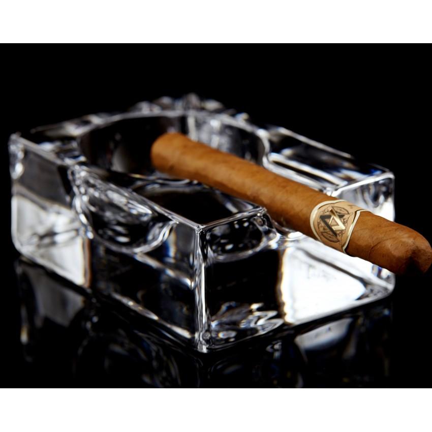 Пепелник за пура масивен - 1 брой
